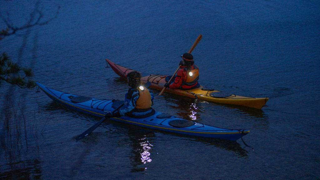 Đèn báo định vị Princeton Tec Meridian Strobe/Beacon Light - Chéo kayak