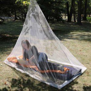 Màn chống muỗi Coghlans Hikers Mosquito Net Lifestyle